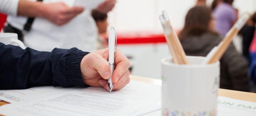 Delega per il ritiro di documenti: come scriverla